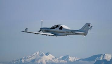 YLAC aircraft