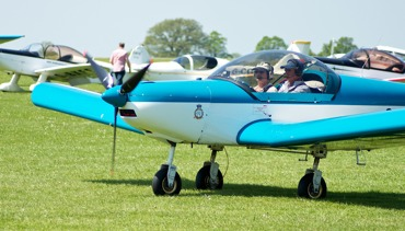 Fly in to AeroExpo UK