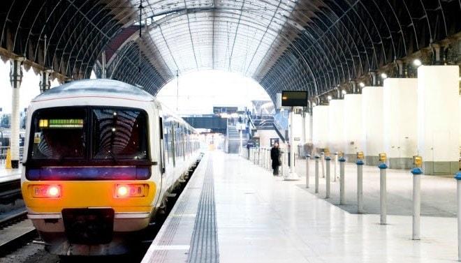 Get to AeroExpo UK by train